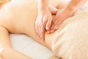 entspannende Teilkörpermassage oder Ganzkörpermassage